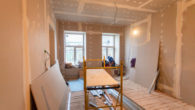 Why Hire a Professional Remodeling Contractor for Your Home Renovation Project?